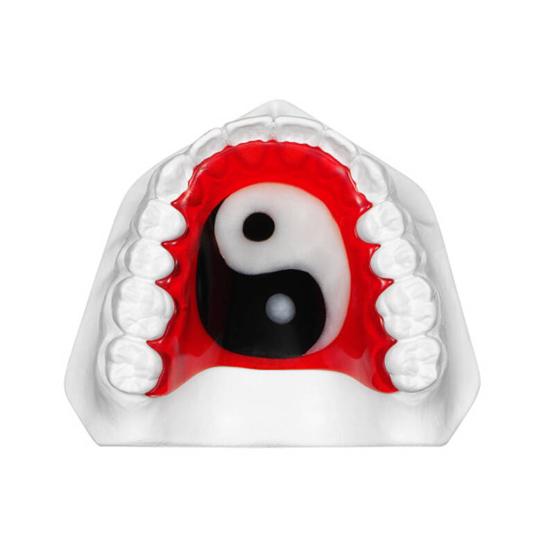 orthodontic plate with Ying Yang, application example, online gallery